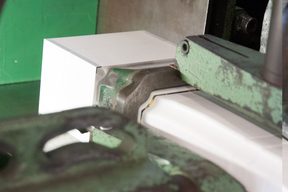 Kunststoffetiketten Weiterverarbeitung - Stanzen